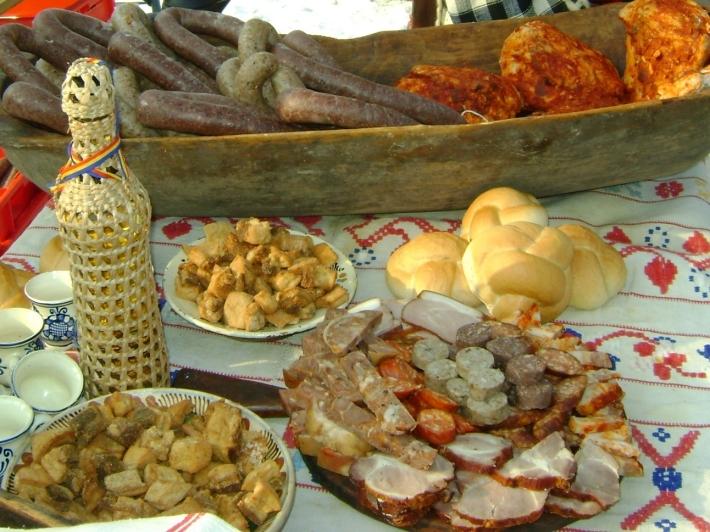 Mancare-traditionala-romaneasca1-710x532